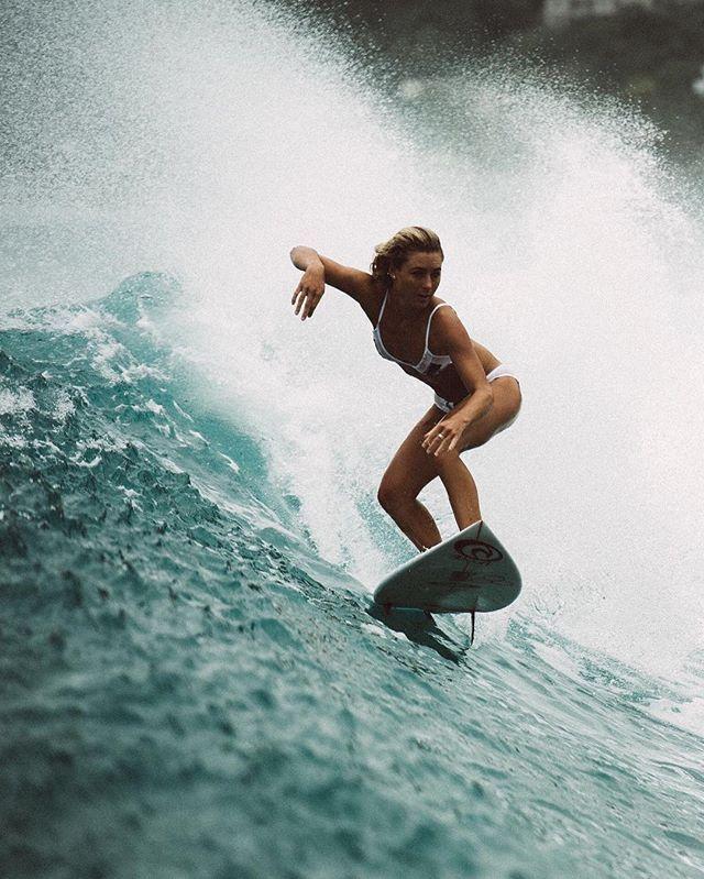 Surf Girl Surfer Surfing Wave Barrel Sea Beach Surfing
