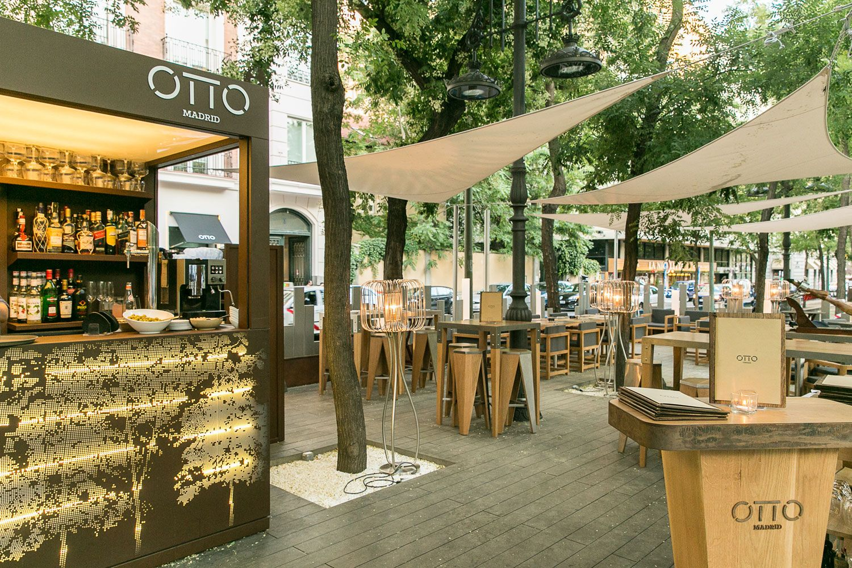En El Numero 8 Del Paseo De La Castellana Te Espera La Terraza De Otto Madrid Restaurant Exterior Outdoor Decor Outdoor