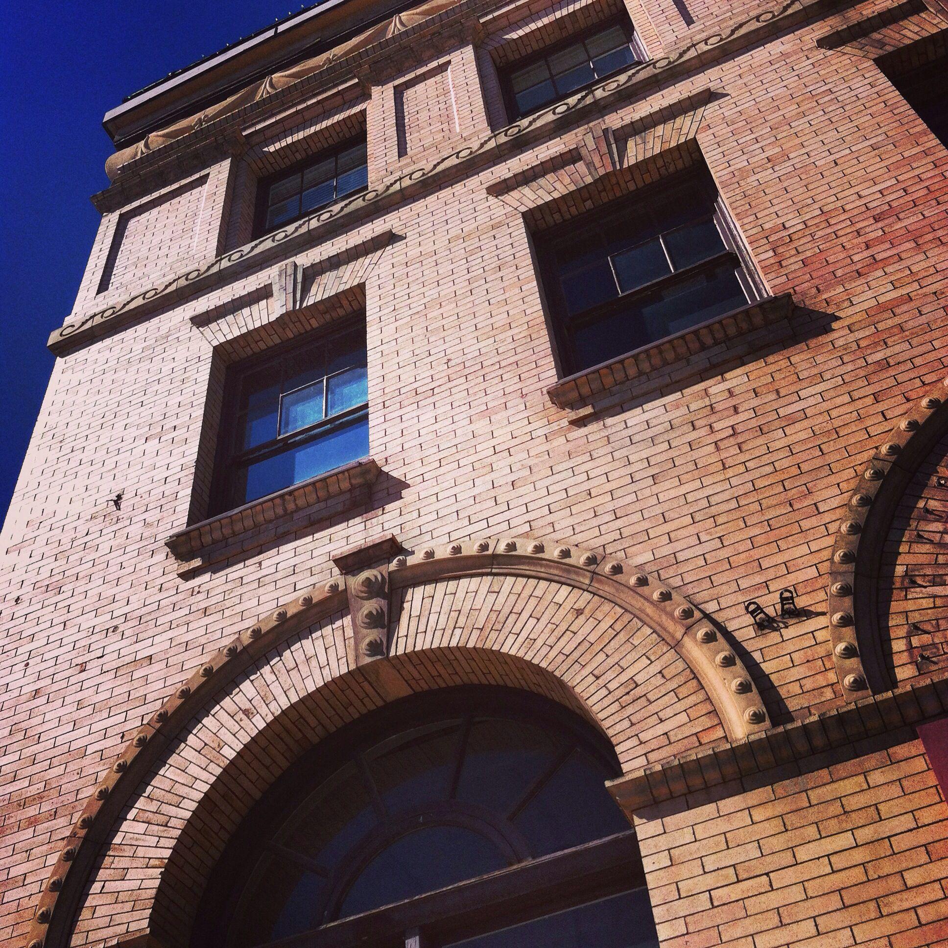 brick architrave