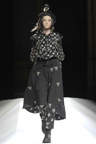 Yohji Yamamoto Fall 2007 Ready-to-Wear