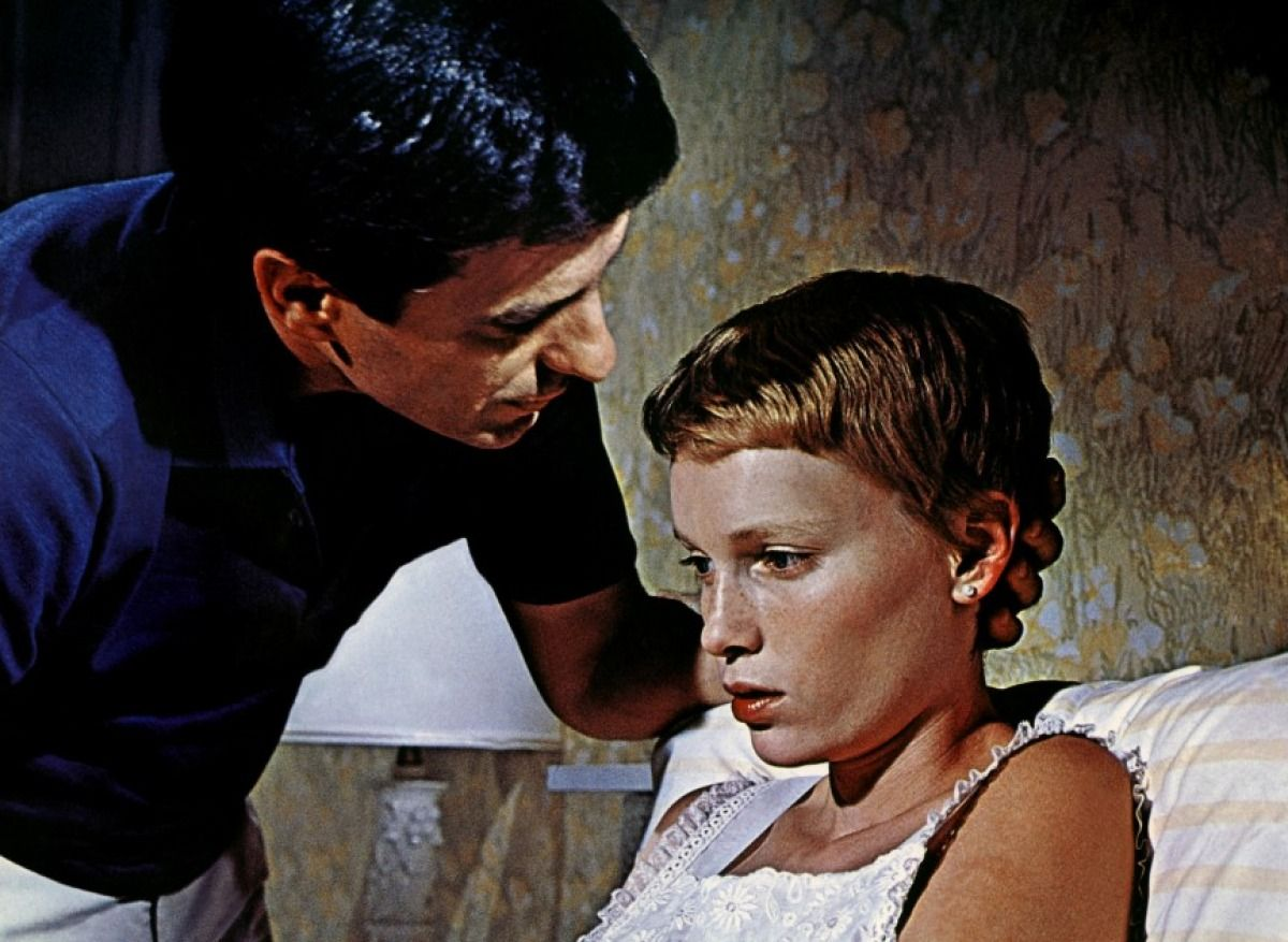 Babyzimmer Mia ~ Mia farrow in rosemarys baby. one of the few scary movies i could
