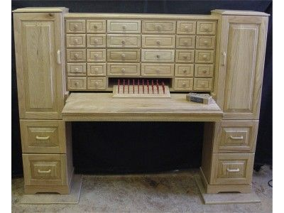 Awesome Fly Tying Desk With Pull Out Table.