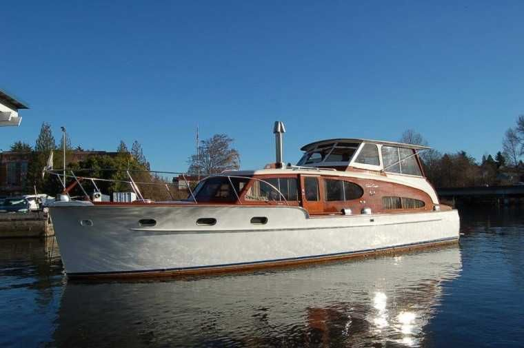 1949 Chris Craft Double Cabin Cruiser Classic Wooden