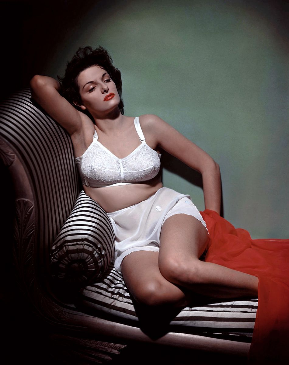 Jane Russell: sensuous full figured babe from the past!
