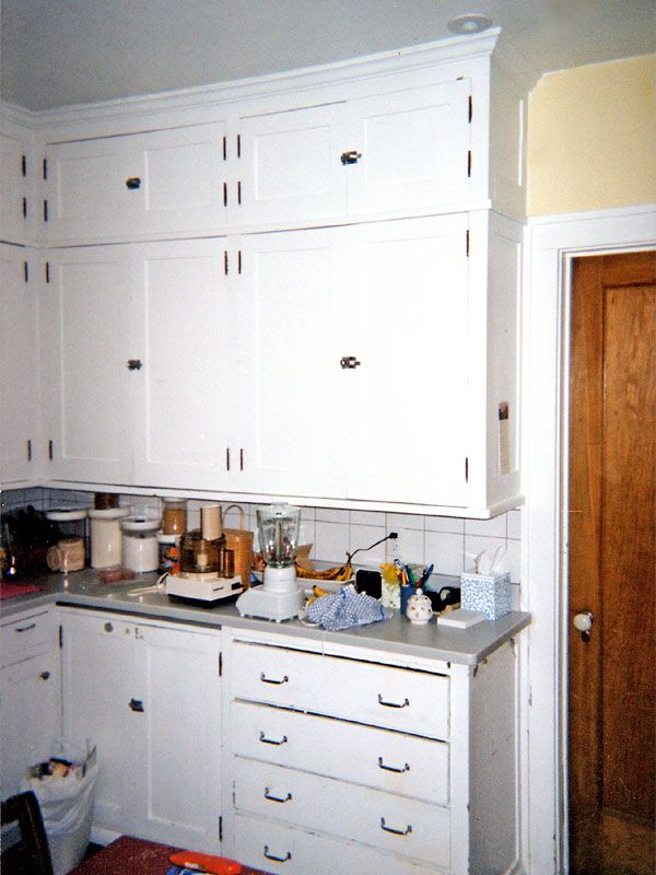 Original Cabinets From The 1920s