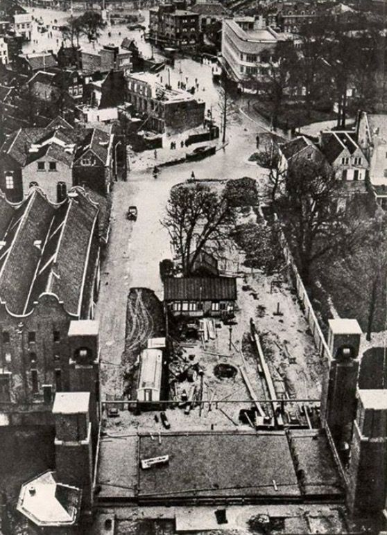 De Oranjebrug in aanbouw