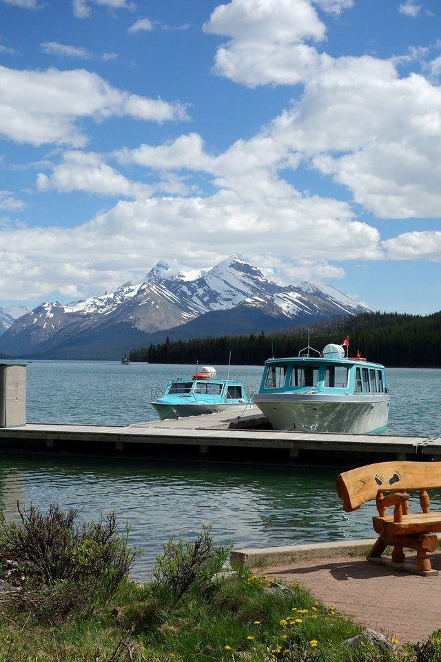 Maligne Lake Boat Cruise, Jasper National Park, Alberta