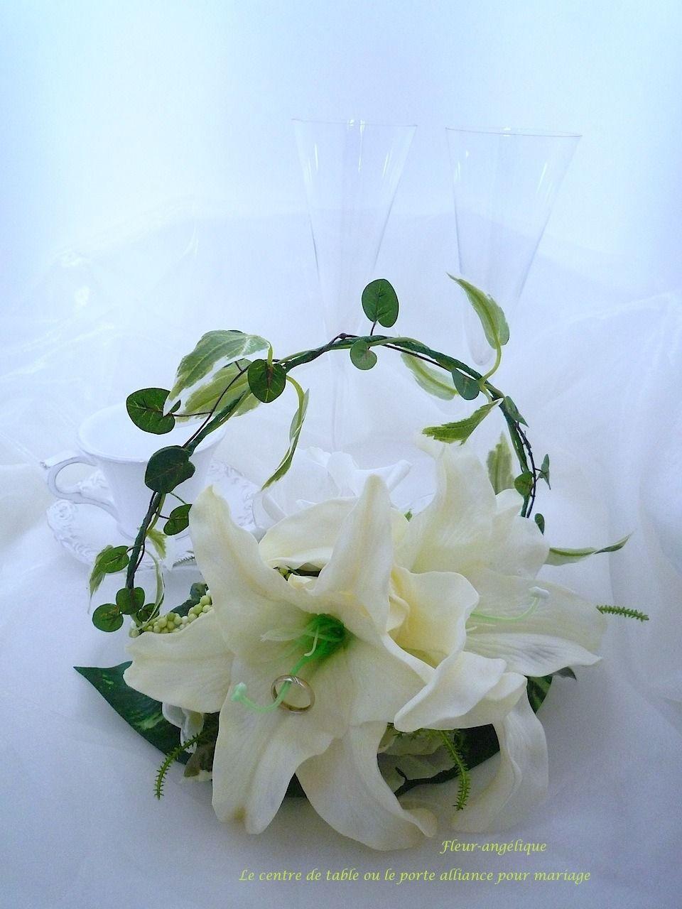 Centre De Table Ou Le Porte Alliance Rose Lis Blanc Vert En Fleur