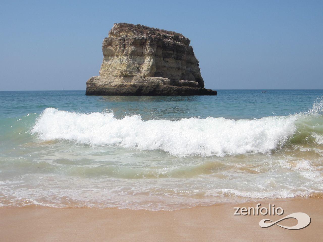 Praia da Caneiros