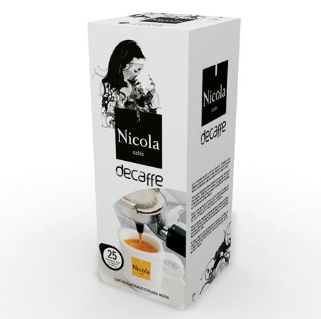 https://www.socafe.pt/cafes/nicola/pastilhas-de-cafe-decaffe - As Pastilhas de Café Decaffe são a solução ideal para quem não abdica do sabor de um café expresso à noite. A pastilha proporciona um descafeinado que mantém a textura, o aroma e o sabor de um expresso normal. As pastilhas da marca portuguesa Nicola embalam doses de café em papel de filtro alimentar para preservar todas as propriedades essenciais que garantem o típico sabor de café.