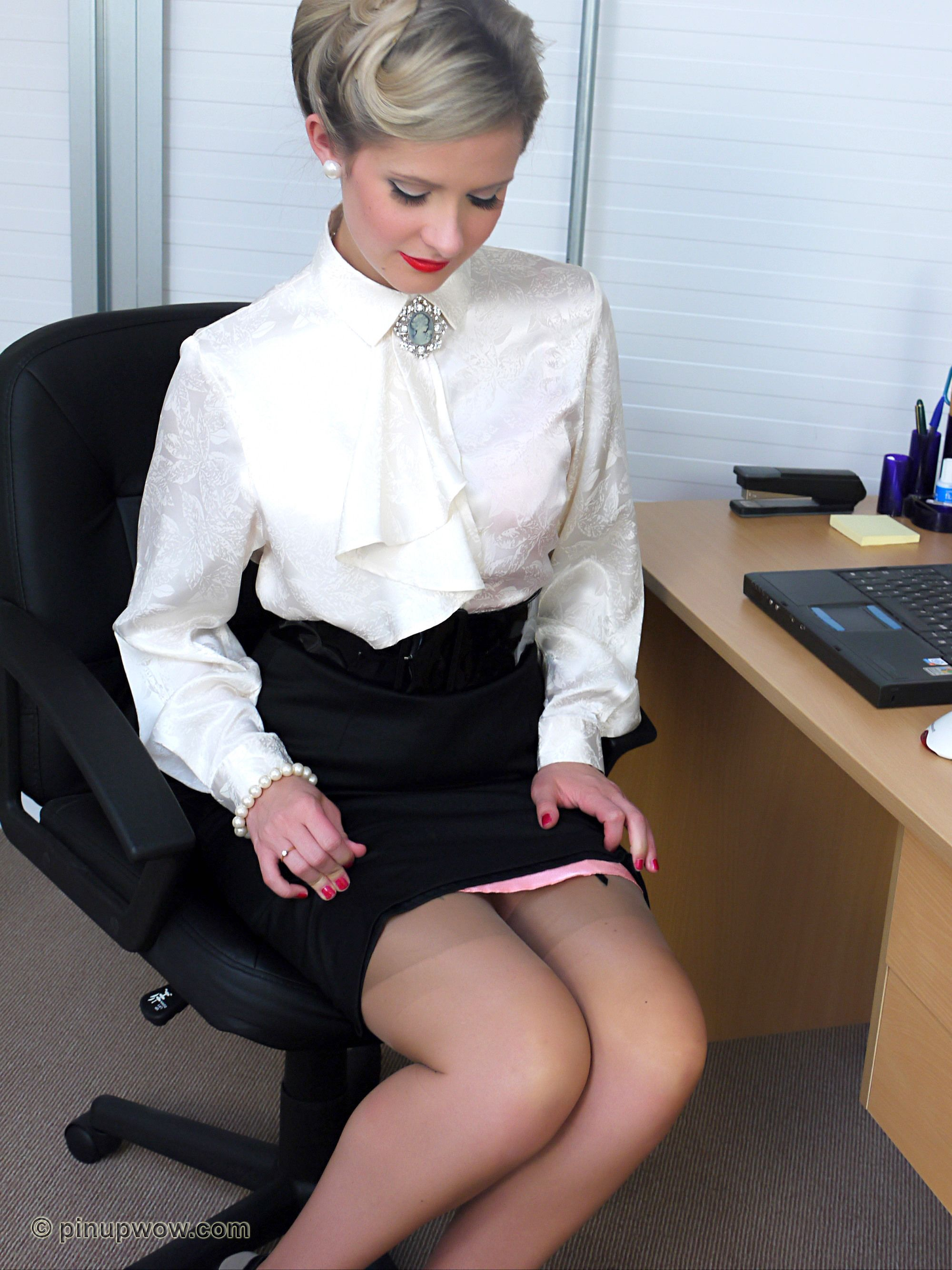 theme pretty hot chick shyla jenning wanting a huge cock have faced it