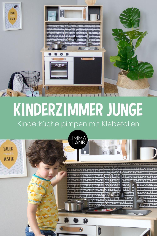 Kinderzimmer Junge mit Kinderküche und Klebefolien in