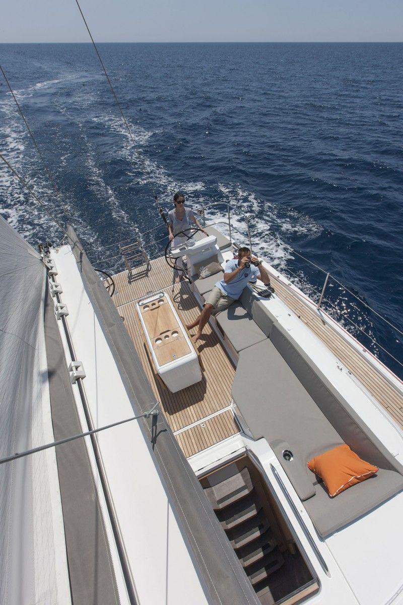 Segelyachten innen  Photos Sailboat Interior Jeanneau 54 | Jeanneau Yachts 54 ...