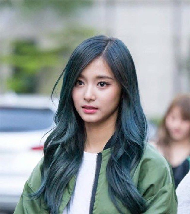 Fans Agree These 9 K Pop Idols Will Make You Gasp When You See Them In Person Koreaboo Kpop Hair Color Kpop Hair Hair Beauty