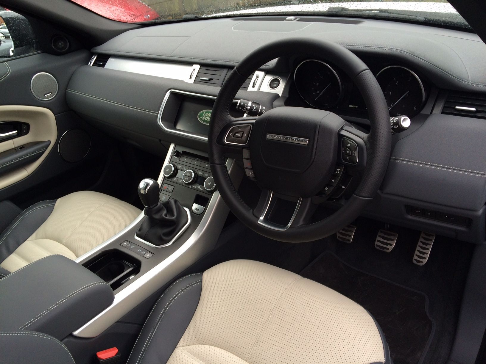 pure listings evoque kms sunroof low pano navigation motors leather landrover land awd silverzinc cheap range roofleathernavilow lease panoramic plushuge awdpure rover huge plus