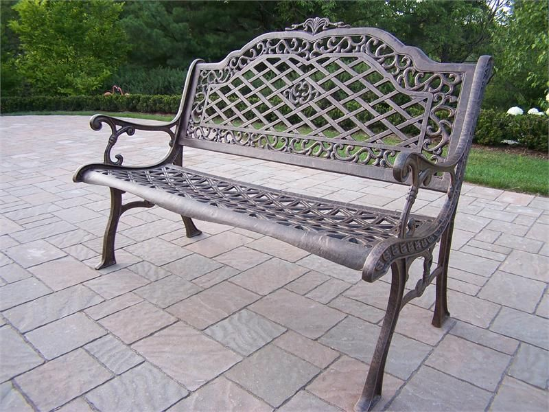 Southern Style Garden Bench Made Of Rust Free Cast Aluminum.