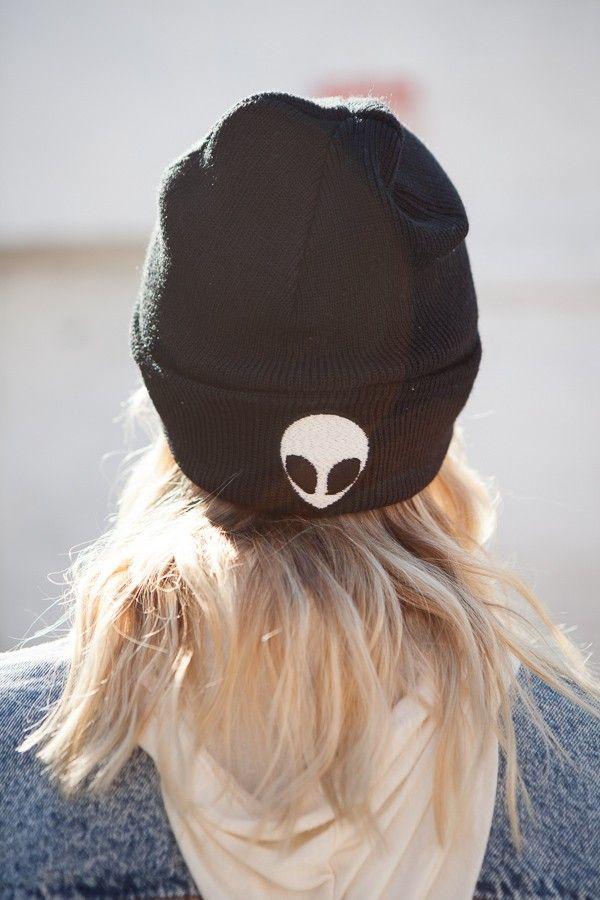 Brandy ♥ Melville | Alien Embroidery Beanie