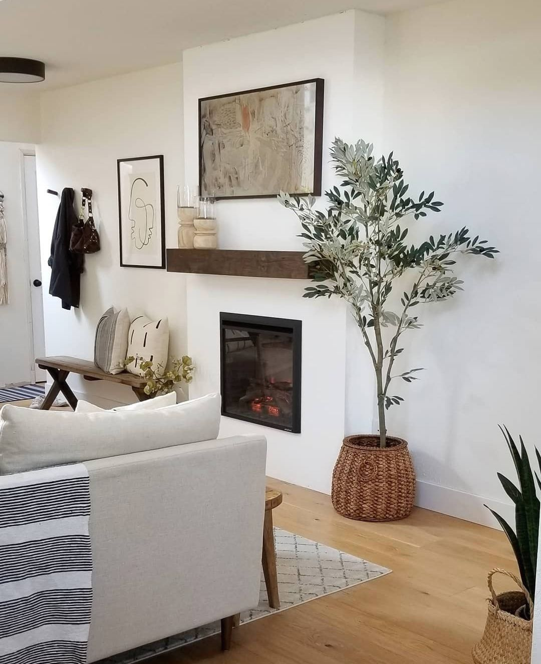 DIY Electric Fireplace HowTo Tutorial Kismet House