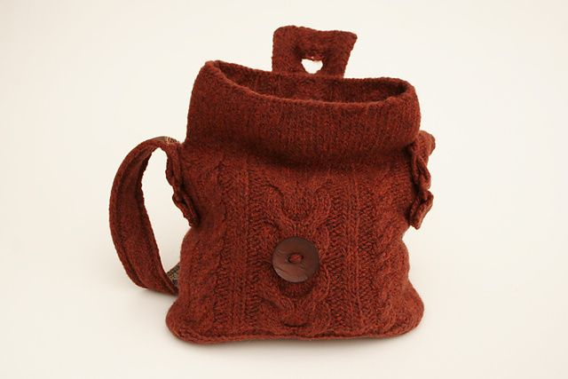 Ravelry: Cables Felted Bag pattern by Carol Galasso