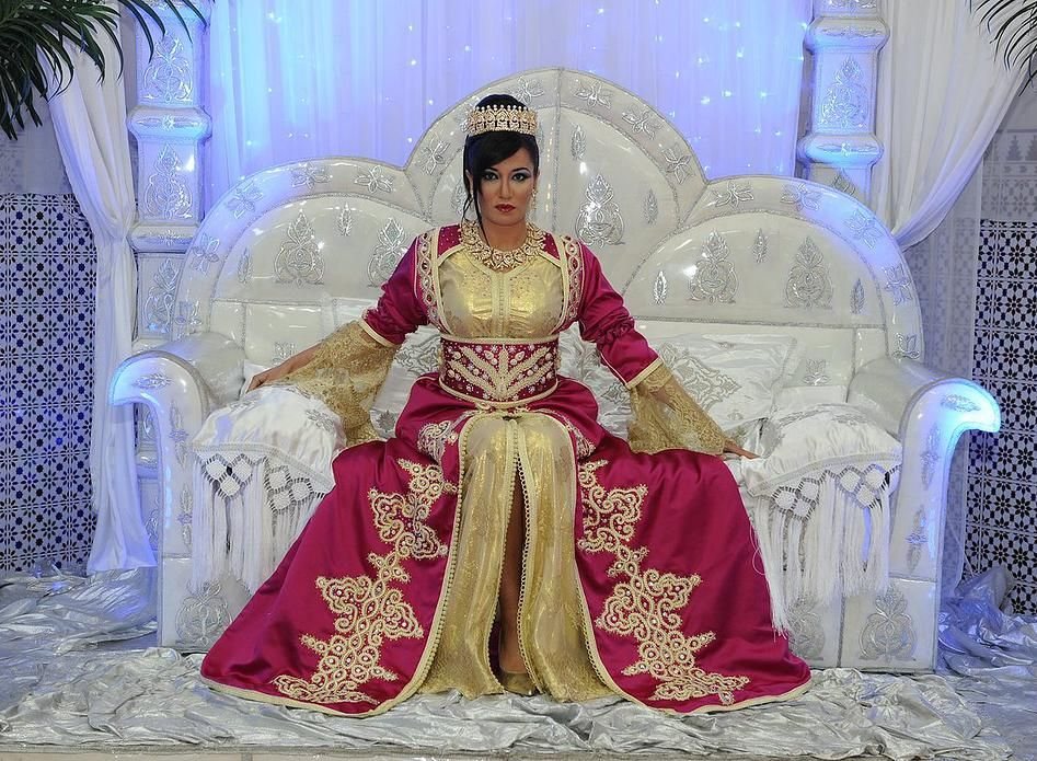 nouveau produit 59b40 5fac8 Robe de mariage – negafa marocaine   Caftan mariage, Caftan ...