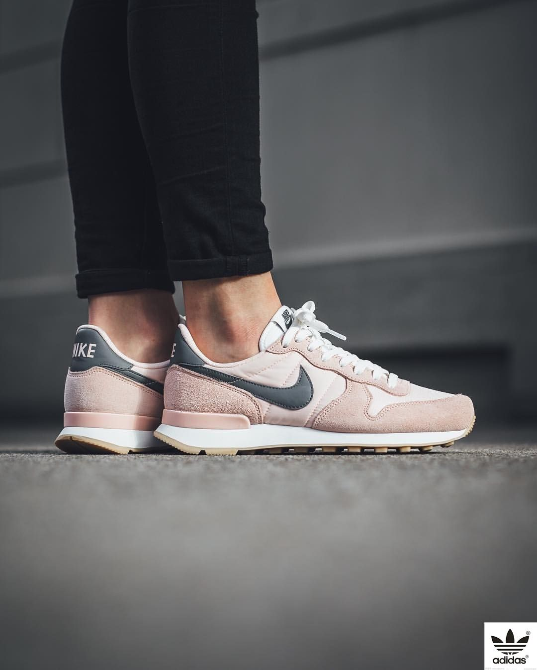 buy online e9fd6 f5973 ... pink 4bd4a  Nike Internationalist Sunset Tint Cool Grey Summit White .  ...