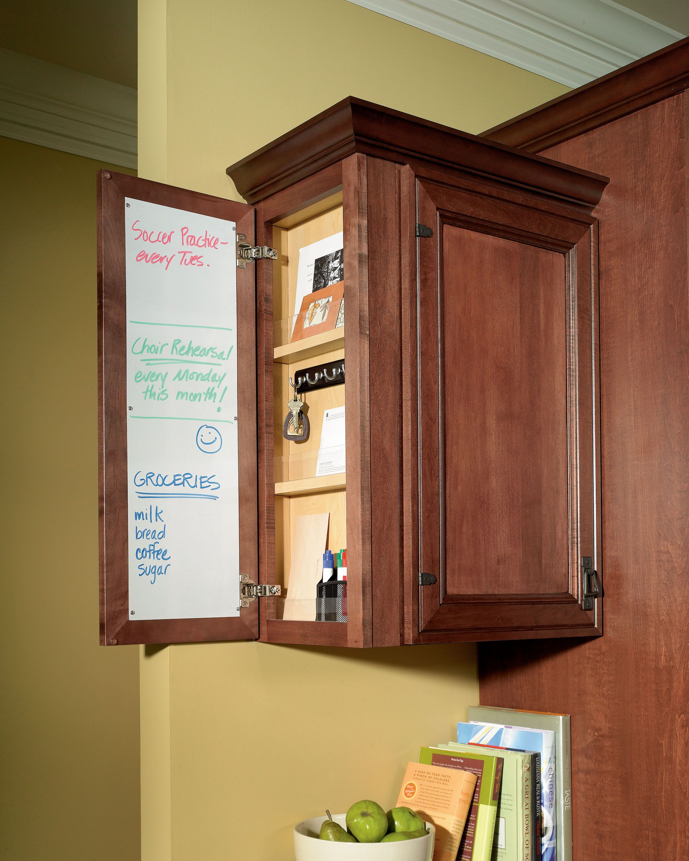 Schrock's Message Center helps keep your life and kitchen