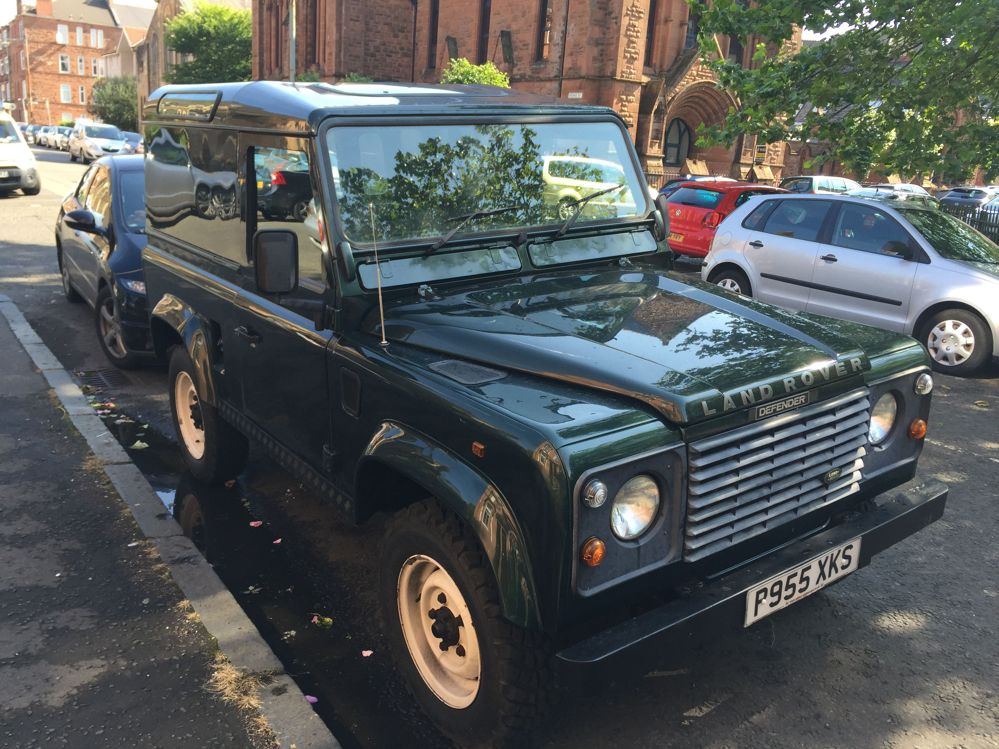 my old land rover defender 90 glasgow land rover. Black Bedroom Furniture Sets. Home Design Ideas