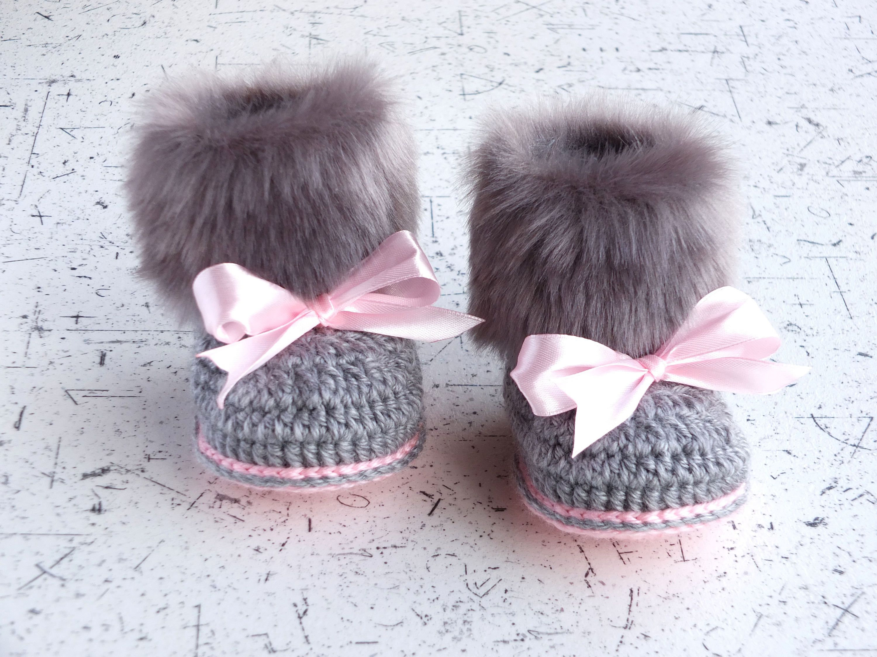 Gray and pink fur booties Newborn girl Booties Preemie girl