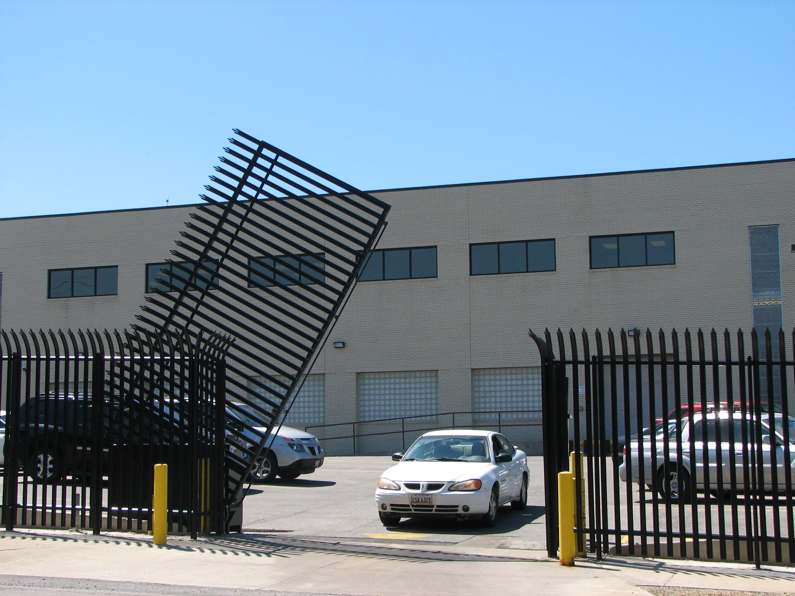 Vertical Pivot Lift Gate Systems High Security Anti Climb