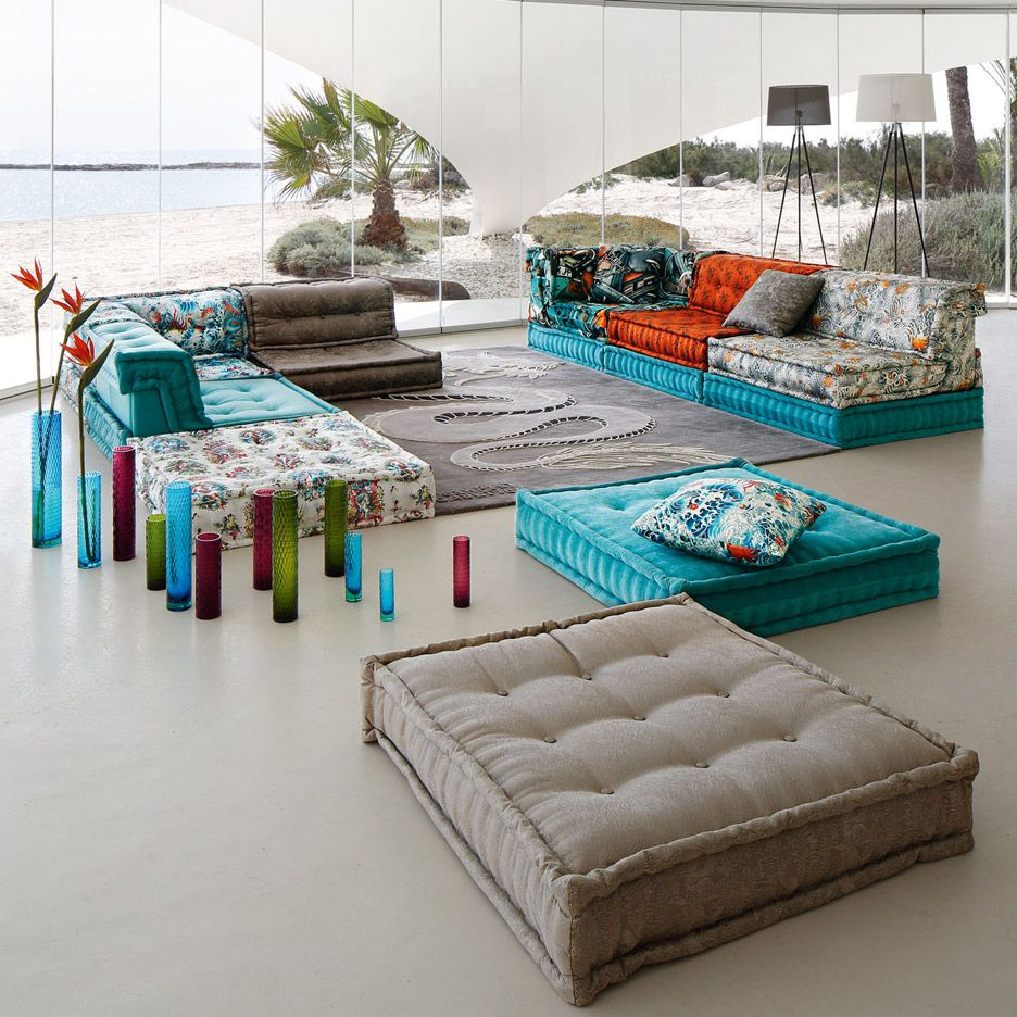 Roche Bobois Mah Jong Sofa In New Movie And Recreated For Charity Auction In 2021 Mah Jong Sofa Sofa Design Modular Sofa