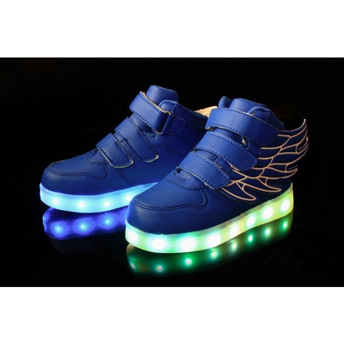 chaussures nike lumineux pour enfant
