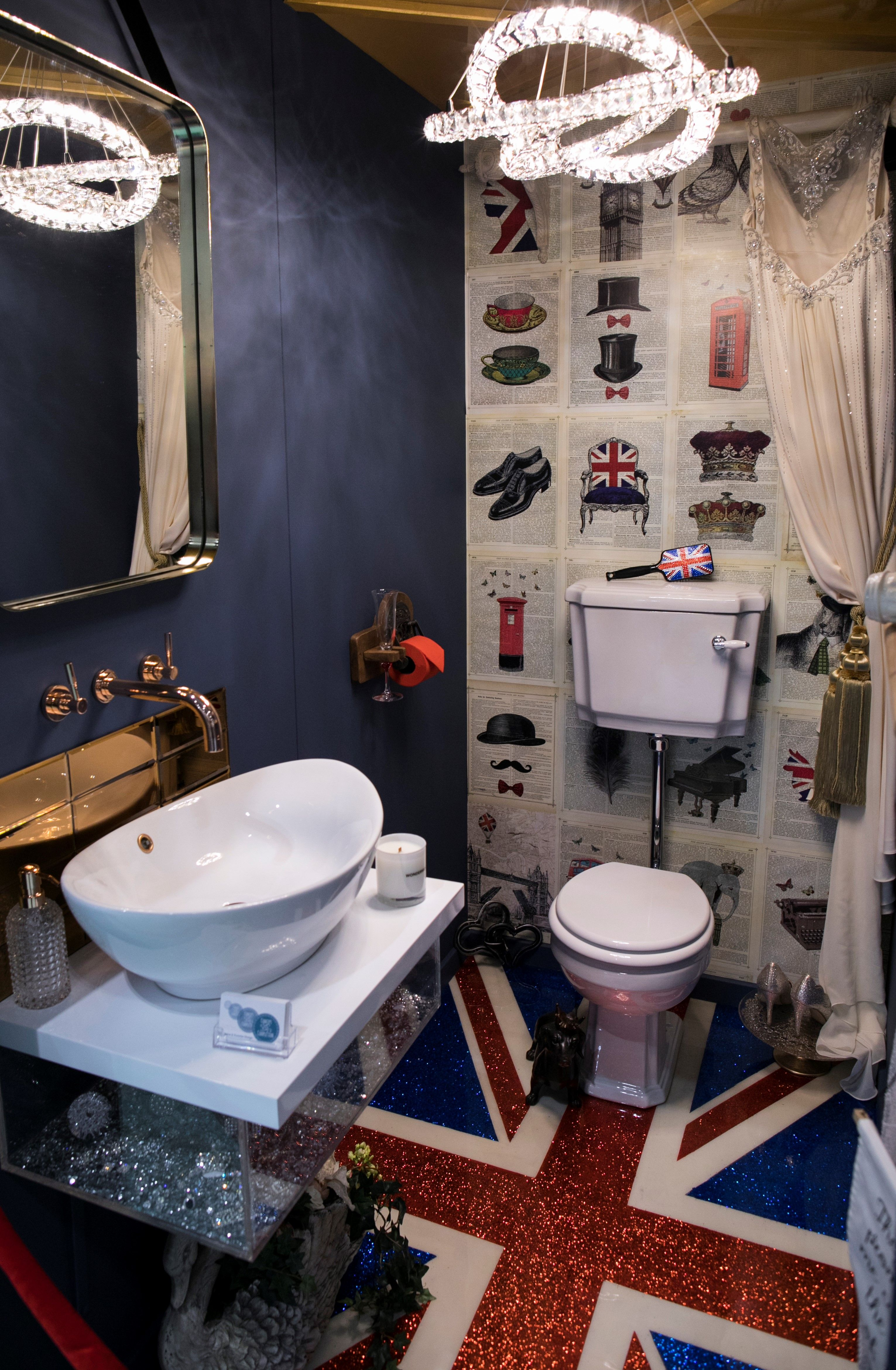 This Royal Wedding Themed Downstairs Bathroom Featured A Glitter Union