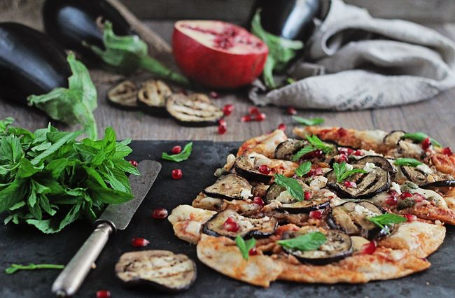 <B>RECIPE:</B> Grilled Pizza with Eggplant, Pomegranate and Feta