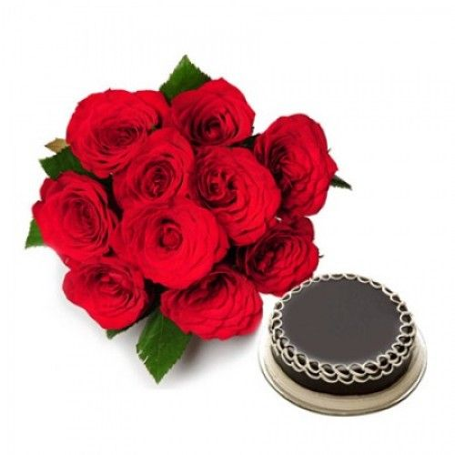 Bunch of 10 Roses & 1/2 Kg Chocolate Cake