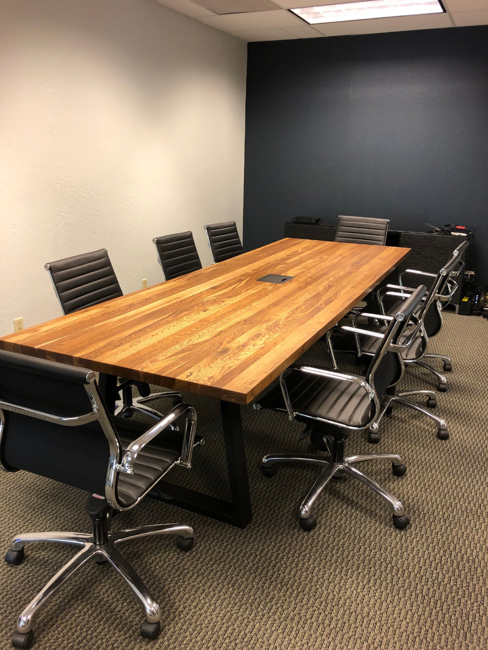 Industrial Reclaimed Wood Conference Table Chairs Reclaimed Oak Table Natural Wood Top Powder Coated Metal Legs In 2020 Reclaimed Wood Conference Table Wood Conference Table Conference Table
