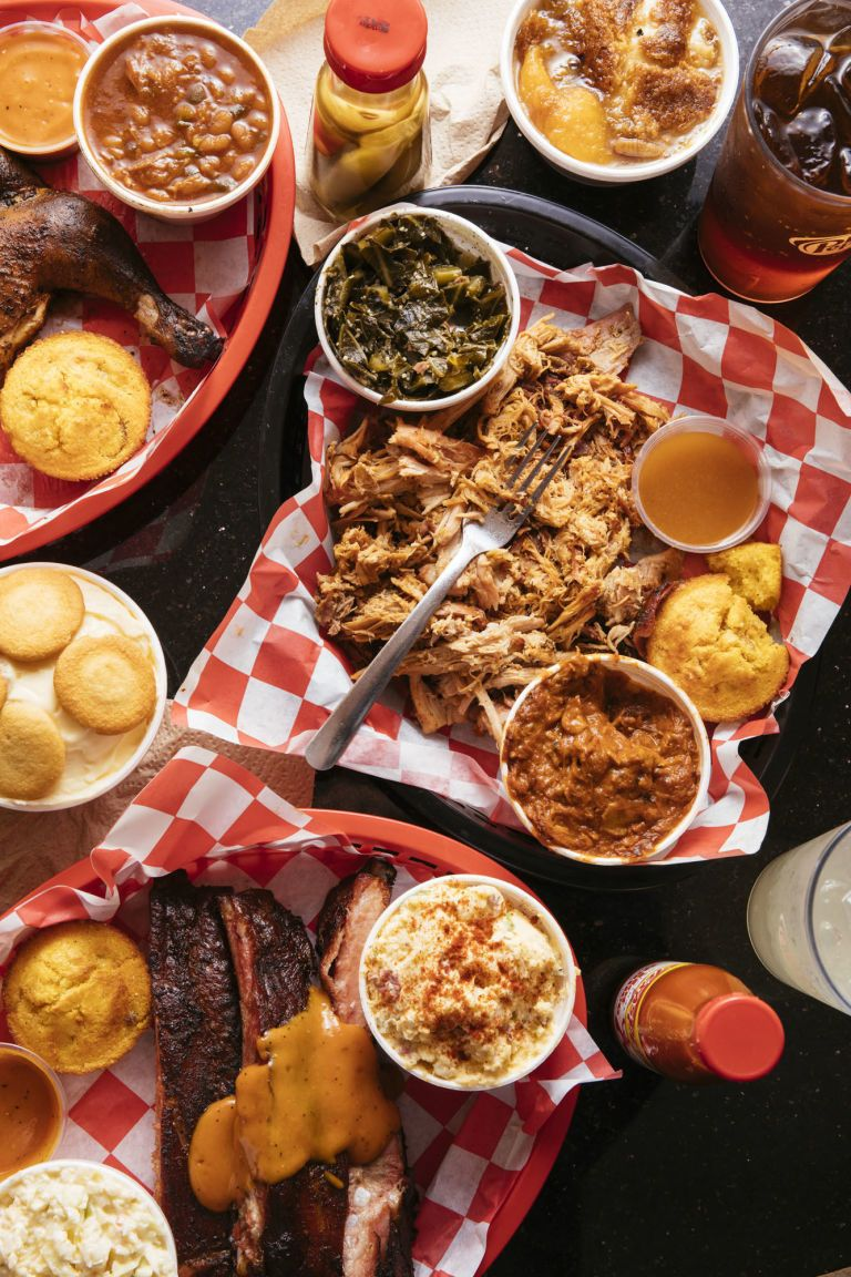 The 7 Best Places To Eat In Savannah According To Locals Georgia Food Savannah Chat Savannah Georgia Food