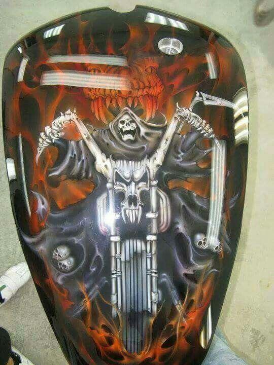 Great tank art | Custom paint | Motorcycle paint jobs
