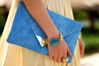 want it  turquoise clutch...