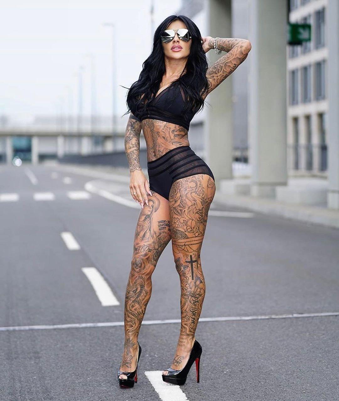💘💘 👑✖️Like and Follow @tattoo_4me!!✖️👑 All right are reserved to their rightful owner(s) via: @followjuliajasmin  #inkedlife #inkedlove #inkedlegs  #inked #inked #inkgirl #inkedgirl  #inked up #inkstagram #inkaddict #inkspiration  #tattooedgirls #tattoos #tattoogirl  #girlswithtattoos #tattoowoman  #tattooofinstagram #tattooworld