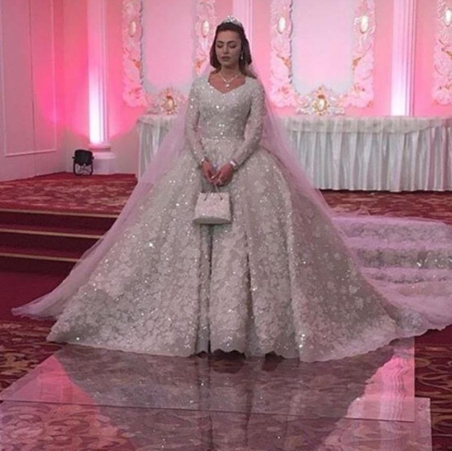 Jlo wedding dress  Inside the world of couture wedding dresses  hours spent on