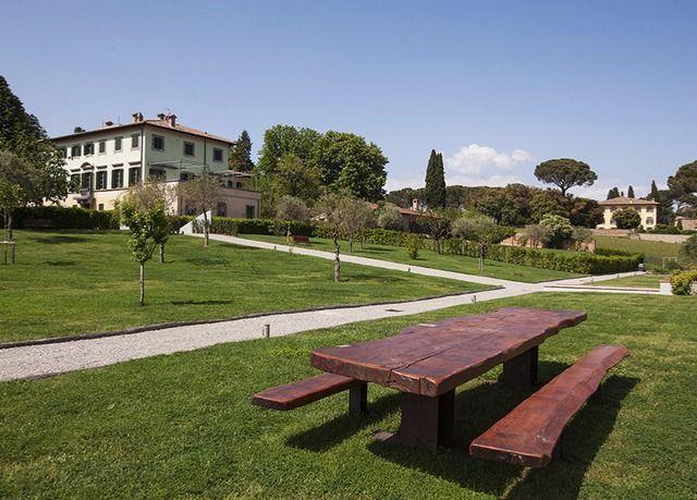 Un soggiorno al profumo della Toscana più autentica, in un resort ...