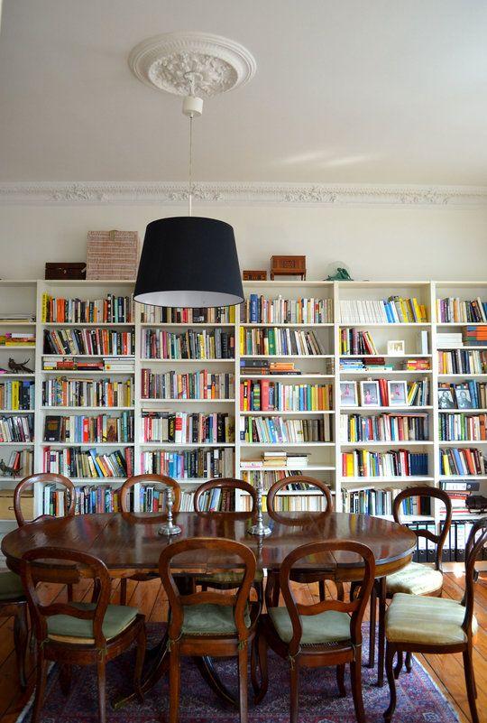 Ralph \ Julieu0027s Spacious Altbau in Berlin Altbauten, Berlin und - ideen bibliothek zu hause gestalten
