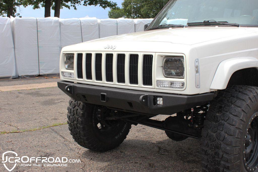 Jeep Cherokee Front Bumper Crusader Jeep Xj 84 01 Jeep Xj Jeep Xj Mods Jeep Cherokee Xj