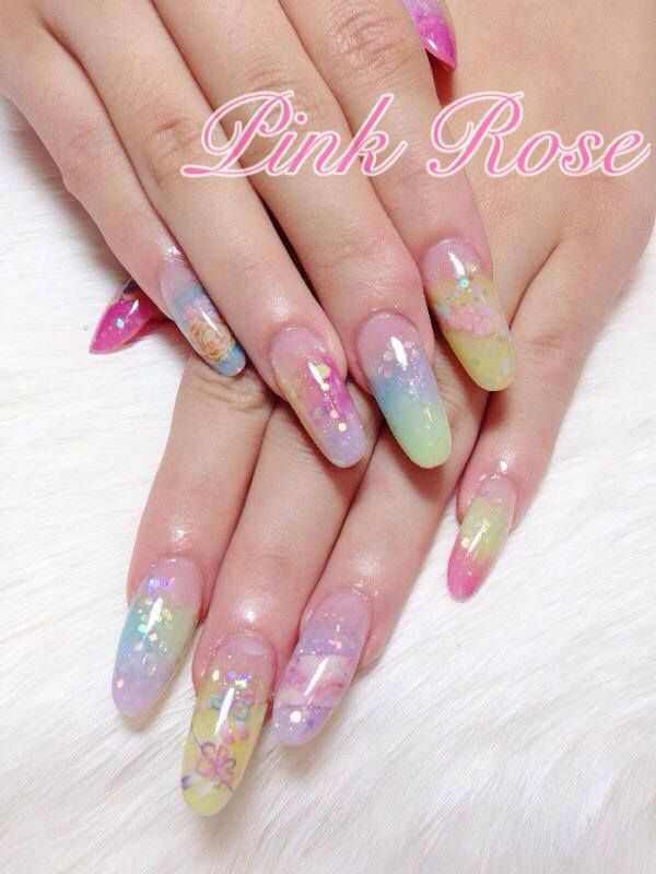 uñas acrílicas de colores