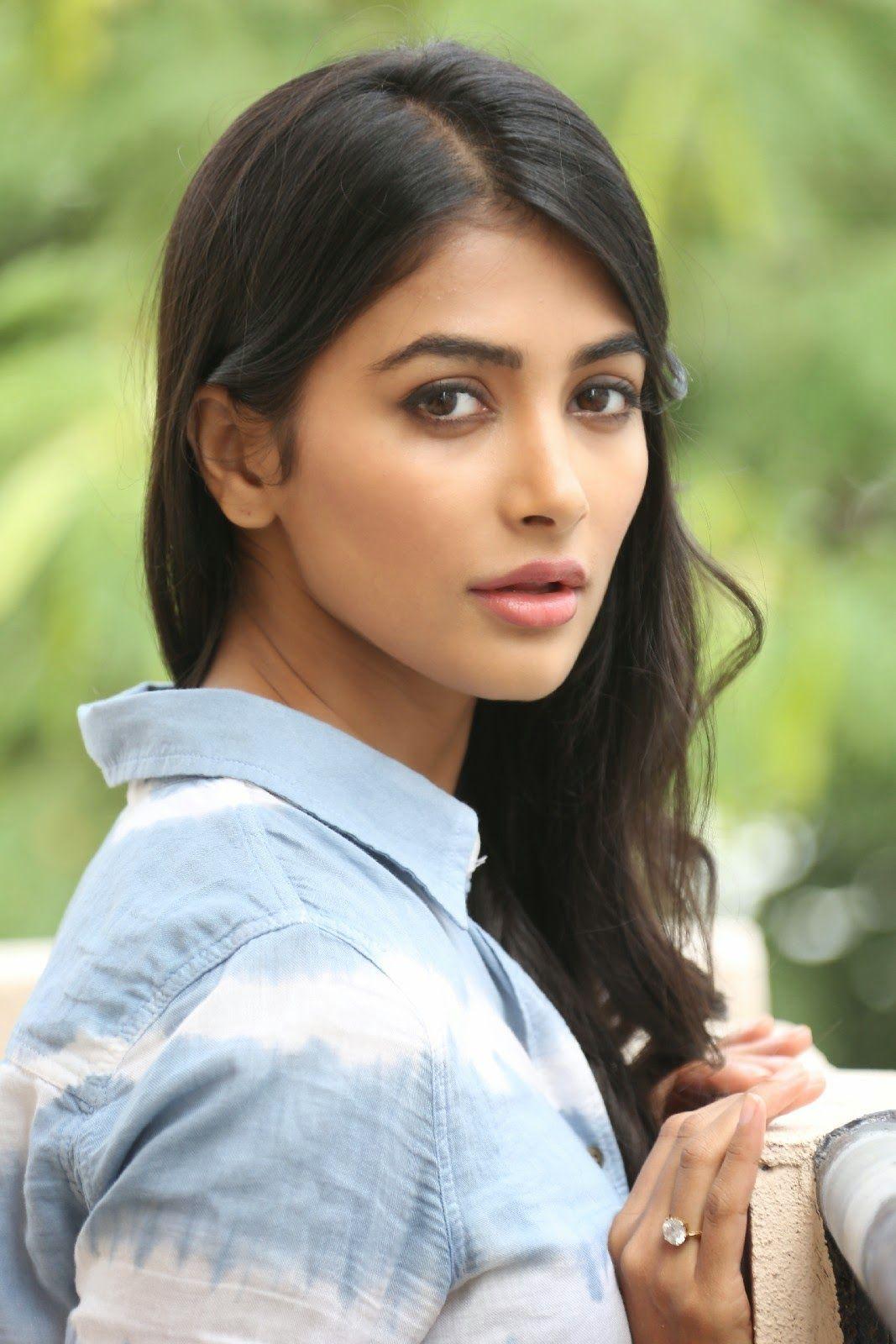 pinladdi mallhi on bollywood cute beautiful actress   pinterest