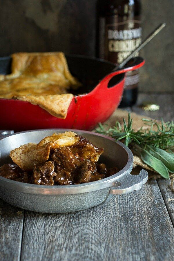 Steak and Ale Pie | Homemade Scottish Pie Recipe ...