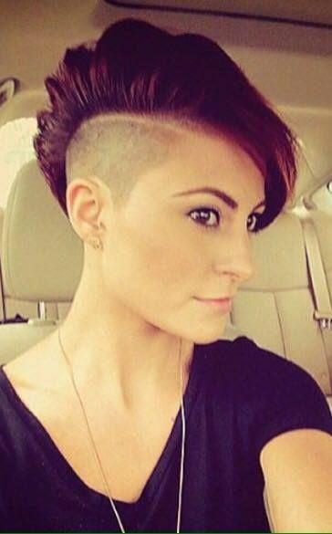 10 Fesche Mohawk Frisuren Etwas Fur Dich Dabei Neue Frisur