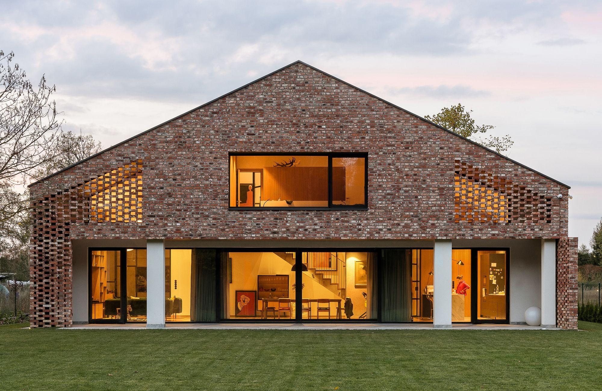 Old Brick New House Wrzeszcz Architekci Houses In Poland Architecture House Old Bricks