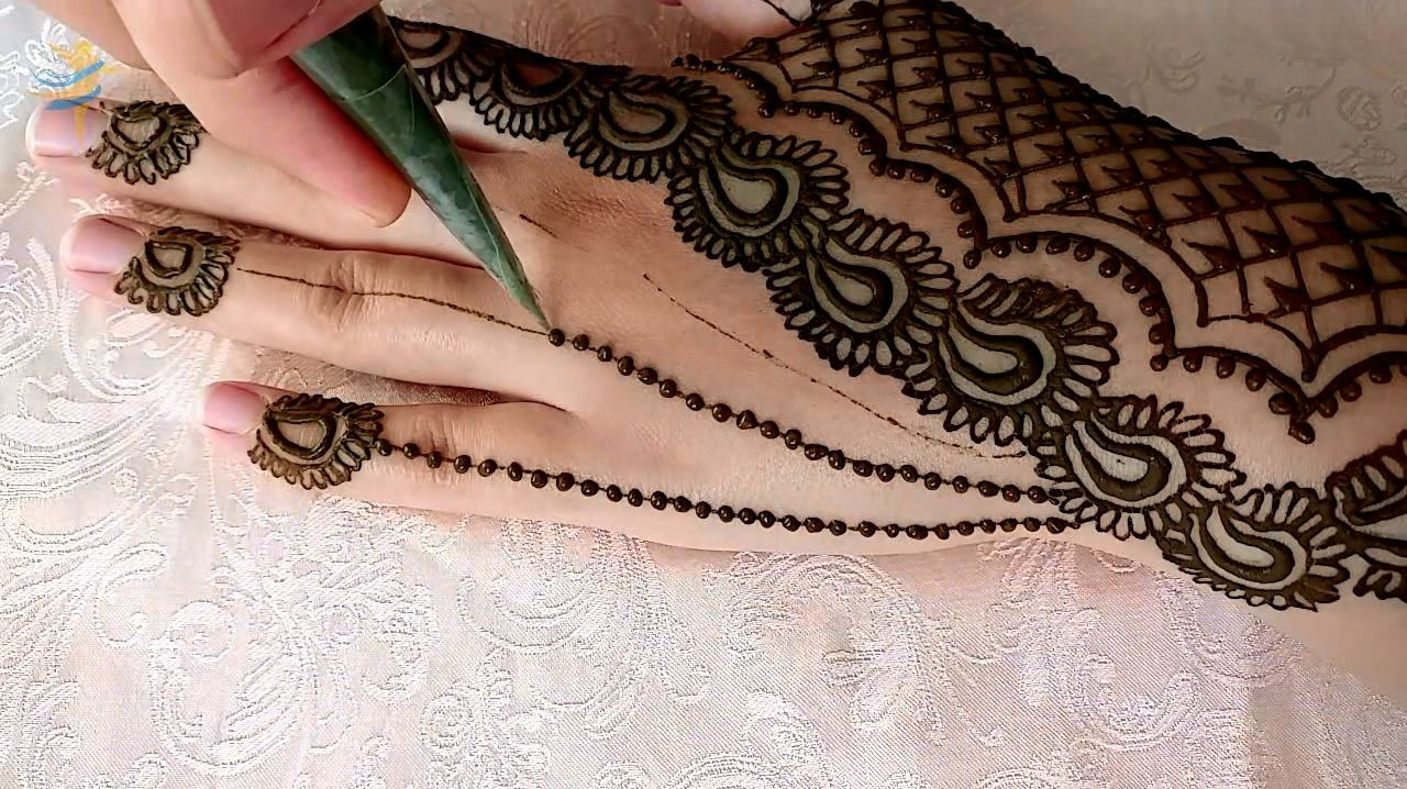 Latest Simple Arabic Mehndi Designs For Hands افضل و اجمل نقش حناء باسلوب سهل و بسيط Mehndi Designs For Hands Mehndi Simple Simple Arabic Mehndi Designs