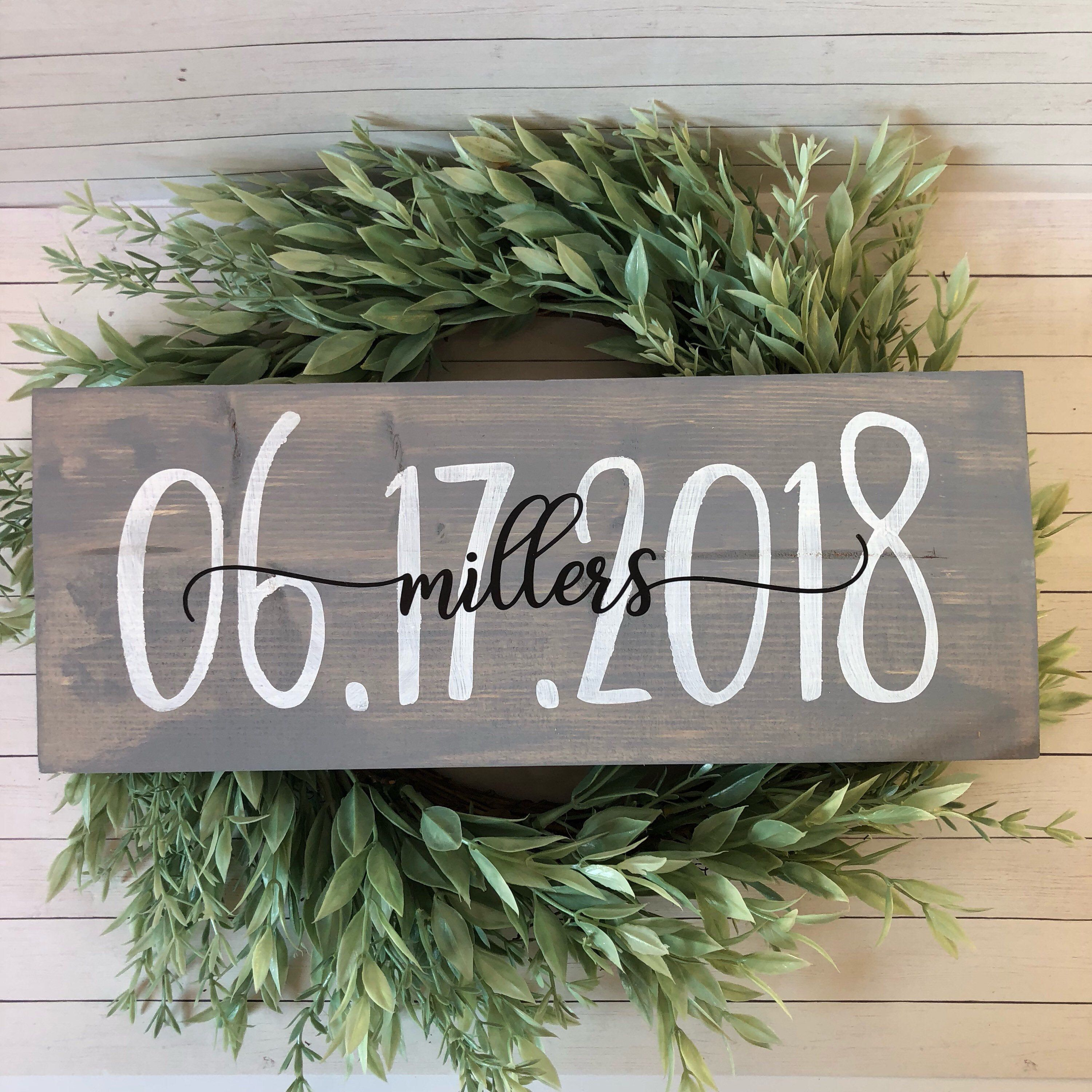 Personalized wedding sign, wedding date sign, engagement photo sign, last name and date sign, rustic wedding sign, bridal shower gift #personalizedwedding